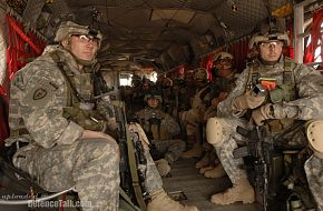 U.S. Army and Iraqi soldiers - Operation Iraqi Freedom