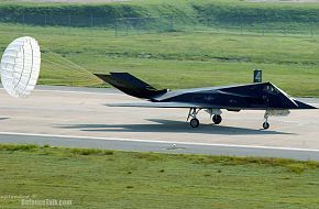 F-117 Nighthawk Landing - United States Air Force (USAF)