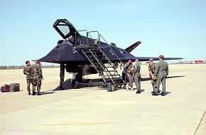F-117 Nighthawk Layover - United States Air Force (USAF)