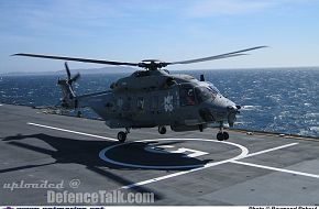 NH-90 landing on FS Mistral