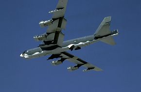 B-52 Bomber - Military Aircraft Wallpapers