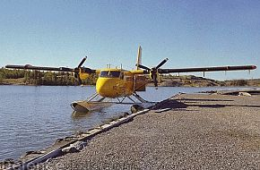 DHC Twin Otter STOL transport