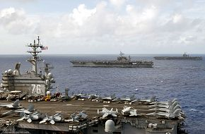 USS Kitty Hawk (CV 63) Aircraft Carrier - US Navy