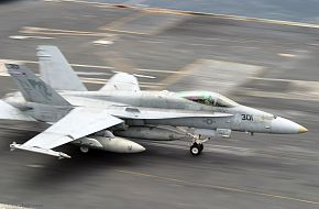 F-18 - USS Kitty Hawk (CV 63) Aircraft Carrier - US Navy