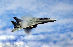 F-14D Tomcat high-speed fly-by - Final Deployment