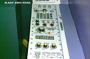 JF-17 cockpit components - IDEAS 2006, Pakistan