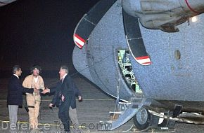 Blair leaving a British Hercules C130 - News Pictures
