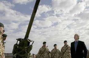 British soldiers show Weaponry - News Pictures