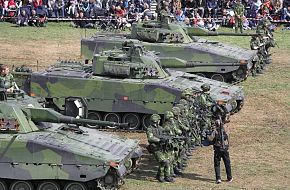 CV9040s and assault infantry