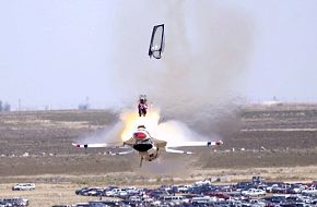Ejecting from a Thunderbirds' F-16