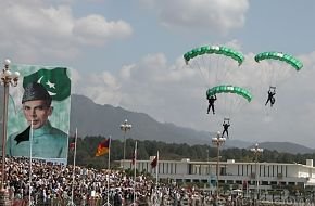 Pakistan Army Paratroopers - March 23rd, Pakistan Day