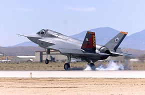 Lockheed Martin X-35B STOVL Prototype Flight Test