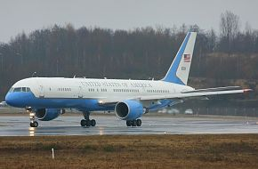C-32A US Government