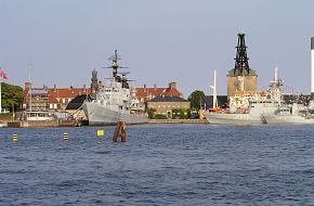 Pictures from Danish navy exercise Danex05