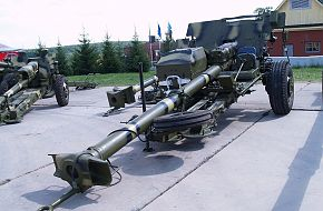 2a45m_russia_expo_arms_2008_thierry_lachapelle_01