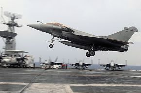 F-2 Rafale Fighter Aircraft