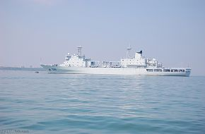 New replenishment ship 888 entering service - China Navy