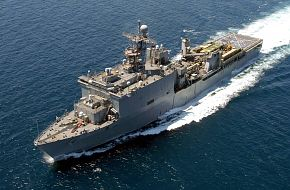 USS Pearl Harbor (LSD 52) Harpers Ferry-class Amphibious Dock Landing Ship