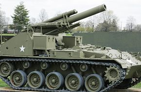 US Army M41 Gorilla 155mm SPG