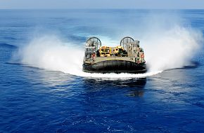 A landing craft, air cushion from Assault Craft Unit (ACU) 4