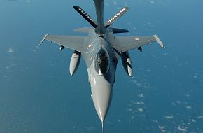 F-16 Refueling From a KC-135