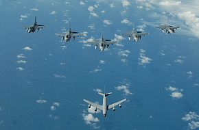 F-16's with a KC-135