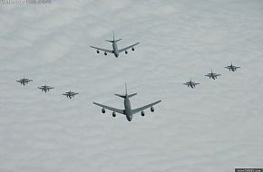 2 KC-135R with F-16's