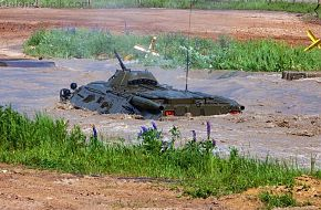 btr-80 water crossing 4