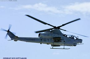 USMC AH-1Z Viper Attack Helicopter