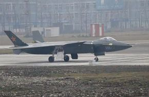 Chengdu J-20 Stealth Fighter Jet - China