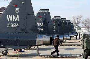 T-38 Talon Maintainers