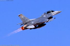 USAF F-16 Viper Fighter Aircraft