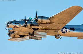 US Army Air Corps B-17 Flying Fortress Heavy Bomber