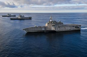 USS Independence (LCS 2), USS Manchester (LCS 14), and USS Tulsa (LCS 16)