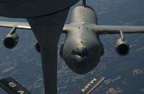 C-17 Globemaster III approaches a KC-135 Stratotanker