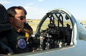 The Hungarian airman familiarize the MIG-29 - cockpit to Co-Director of Exe