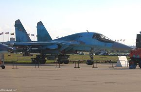 MAKS 2005 Air Show - Su 32 @ The Moscow Air Show - Zhukovsky