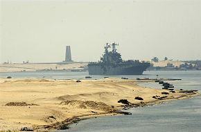 Bright Star Exercise 2005 - The amphibious assault ship USS Tarawa (LHA 1)