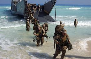 Bright Star Exercise 2005 - U.S. Marines from Expeditionary Strike Group On