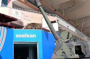 T-155 FIRTINA / IDEF 2005 - Land Weapon Systems