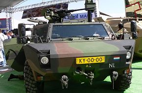 FENNEK / IDEF 2005 - Land Weapon Systems