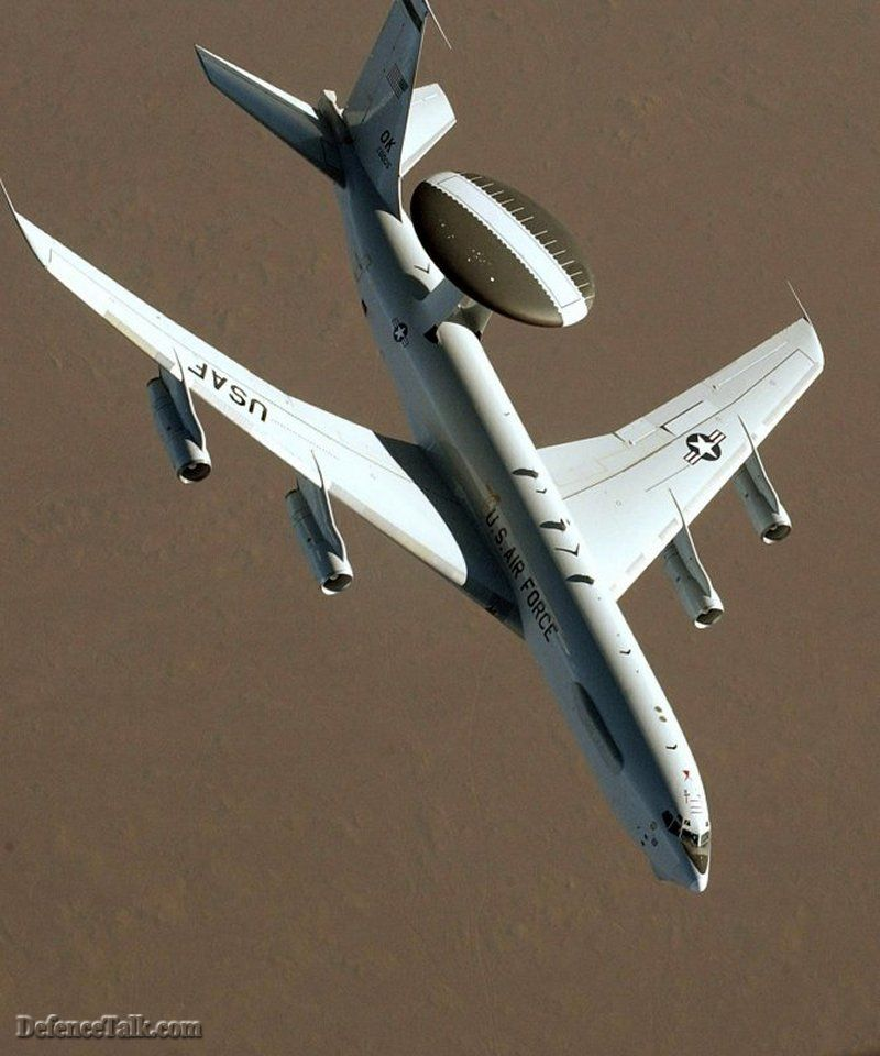 A Classical Photo of E-3 Sentry AWACs.