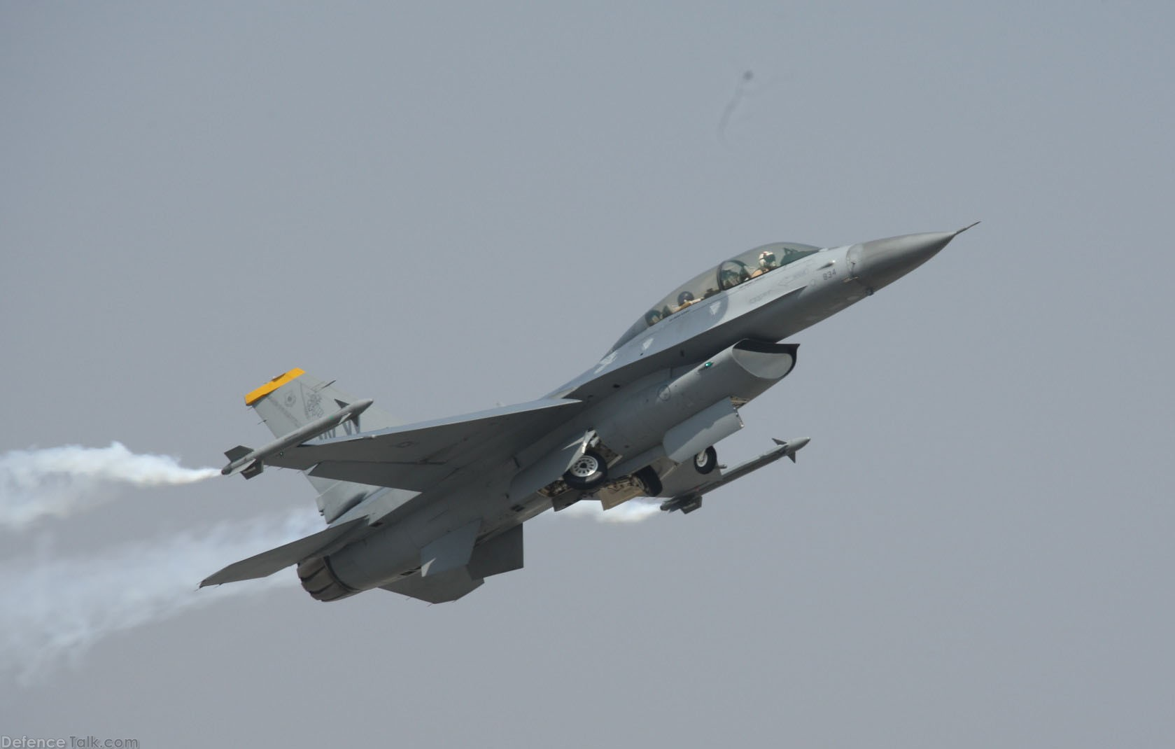 F-16 Fighter Aircraft - Aero India 2009, Air Show