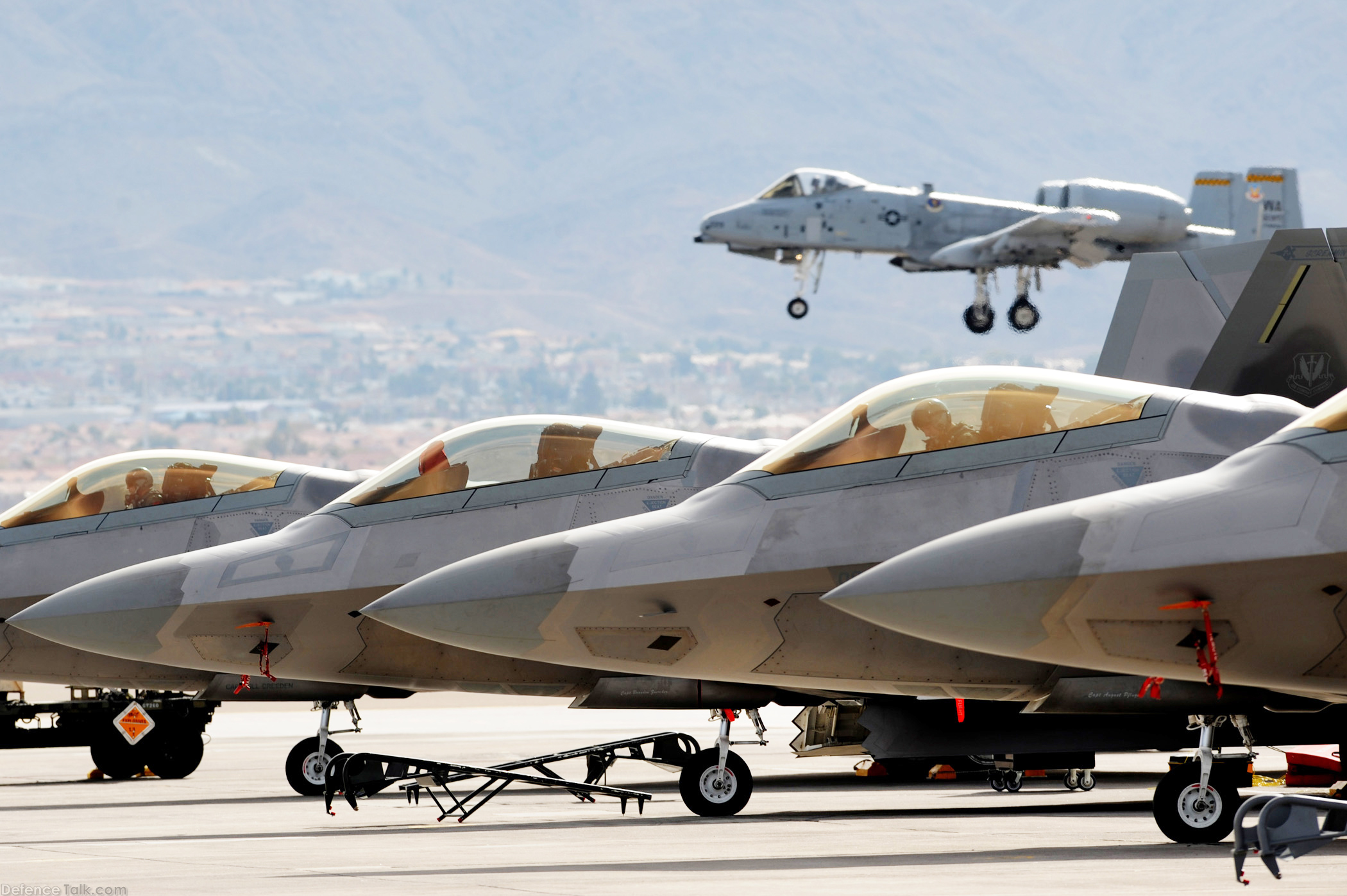 Images of Euro Fighter Typhoon Vs F 22 - #rock-cafe