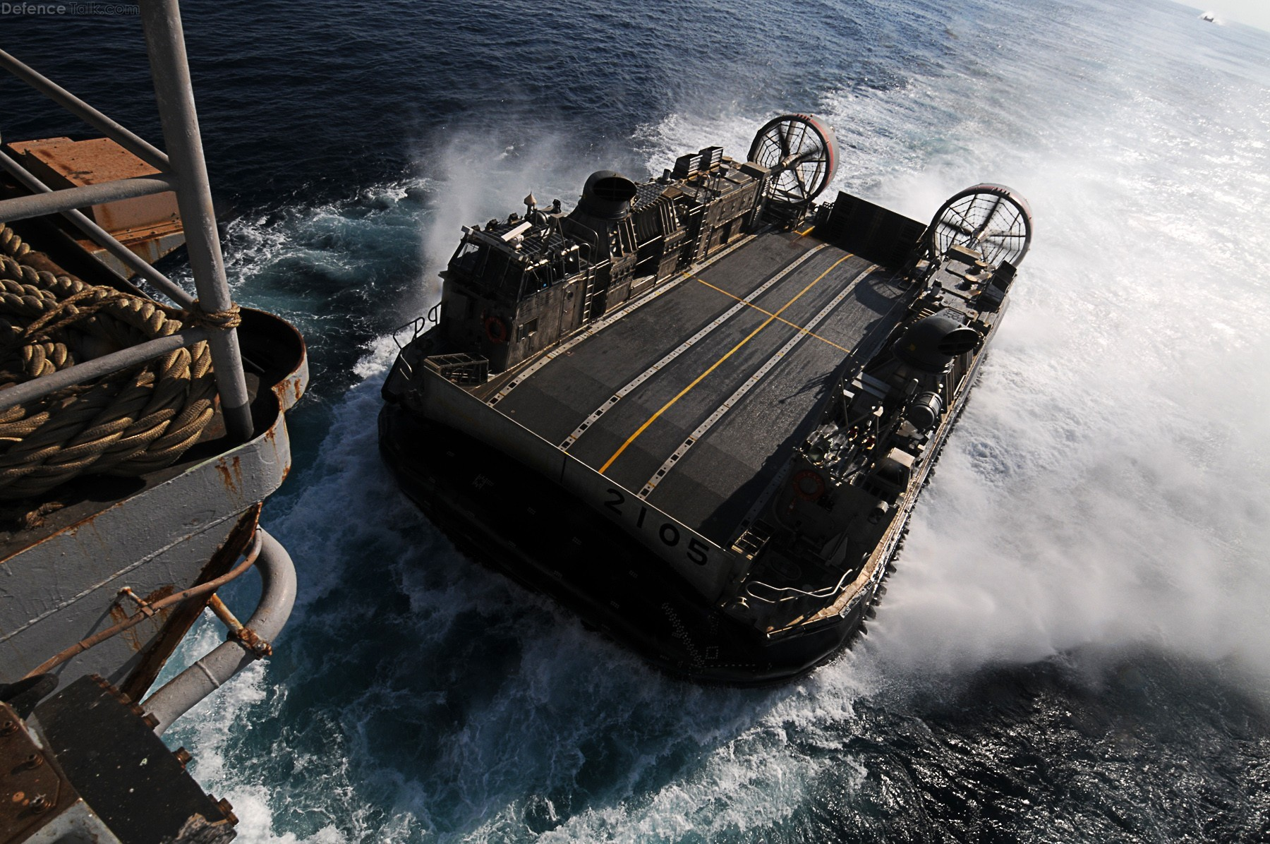 Japanese LCAC and amphibious assault ship LHD 2
