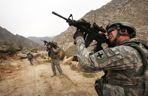 US military leaders back current Afghan strategy
