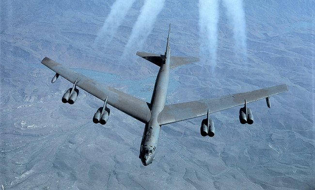 US flies B-52 bombers in China's air d...