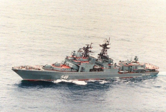 Russian destroyer heads for Syria port...