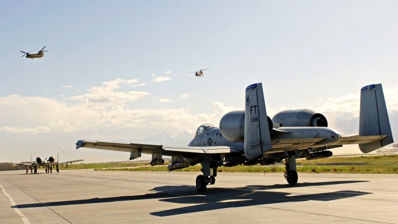 A pair of A-10 Thunderbolt IIs