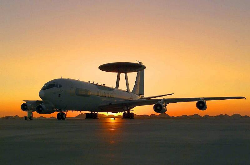 Boeing to Modernize Flight Deck and Avionics for US and NATO AWACS